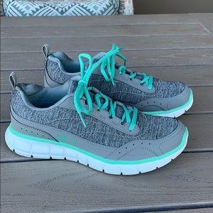 {Sport}Sz 8 Gray Heathered Memory Foam Sneakers